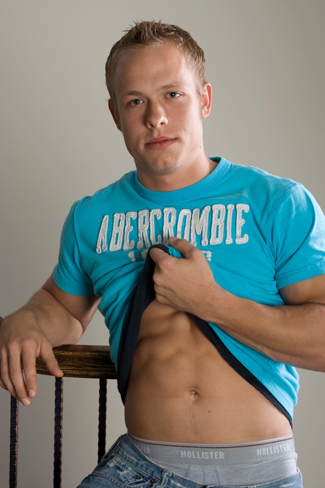 Abercrombie-&-Fitch-muscle-stud-Corbin-Case-Southern-Strokes-amateur-gay-men-for-boys-naked-young-studs-huge-dicks-01-pics-gallery-tube-video-photo