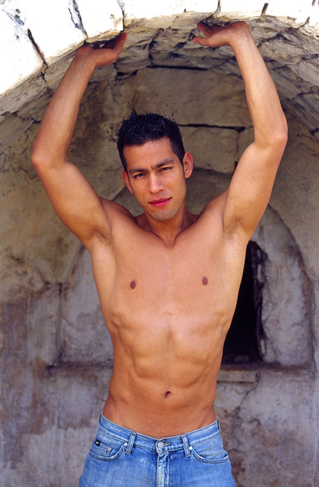 Ricky-Lucas-Kazan-Italian-latin-gay-men-latino-straight-men-naked-straight-latino-men-01-pics-gallery-tube-video-photo