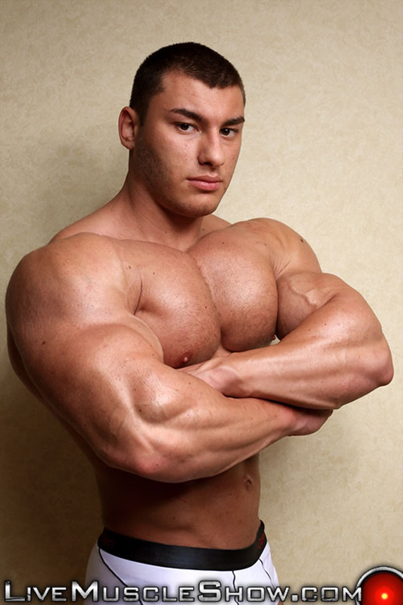 LiveMuscleShow-naked-big-muscle-boy-bodybuilder-20-year-old-Lev-Danovitz-young-muscled-hunk-huge-abs-pecs-lats-massive-arms-long-thick-cock-002-gay-porn-sex-porno-video-pics-gallery-photo