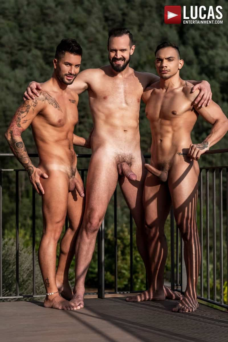 Hottie-muscle-hunks-Andrea-Suarez-Andy-Onassis-J-Anders-uncut-raw-fucking-LucasEntertainment-007-Gay-Porn-Pics
